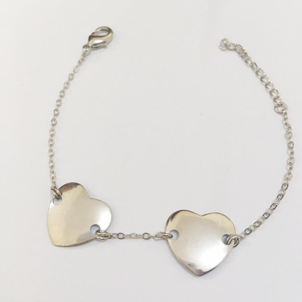 Pulseira minimalista com coração banho prata ródio branco