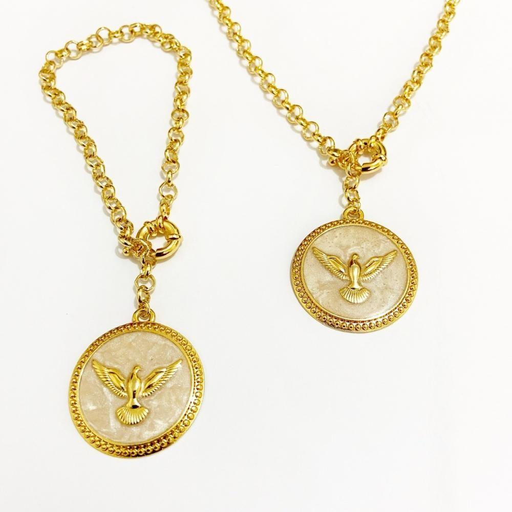 Conjunto de colar e pulseira Espírito Santo com corrente elo português folheado a ouro 18k