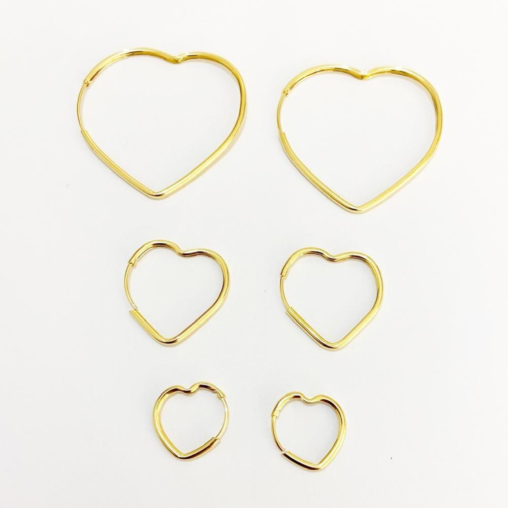 Brinco trio de argolas coração vazado folheado a ouro 18k