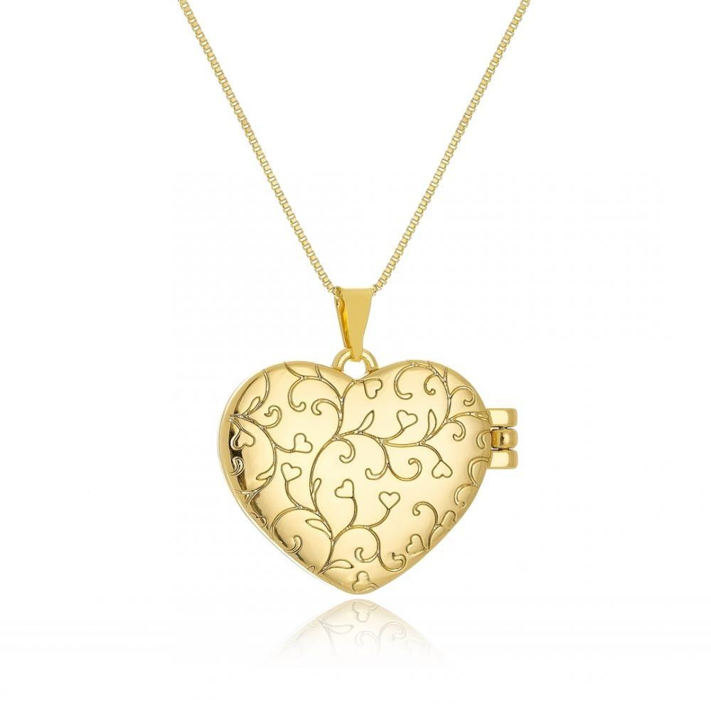 Colar com pingente de relicário em forma de coração folheado a ouro 18k