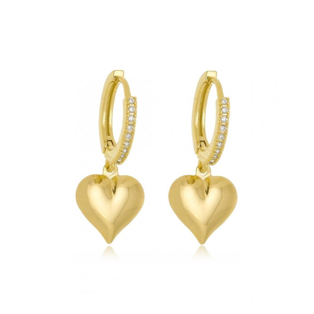 Brinco argola click cravejada com zircônia e pingente de coração liso folheado a ouro 18k
