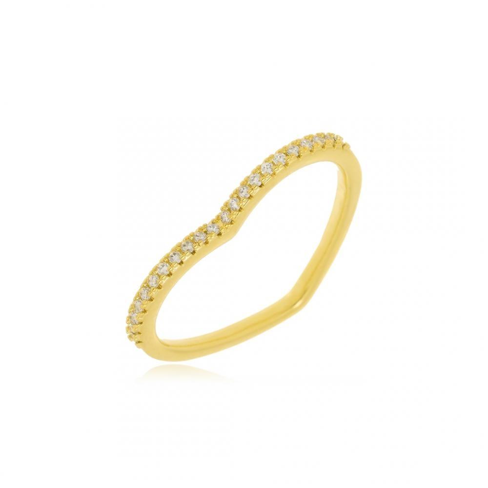 Anel em formato de coração cravejado com micro zircônia folheado a ouro 18k