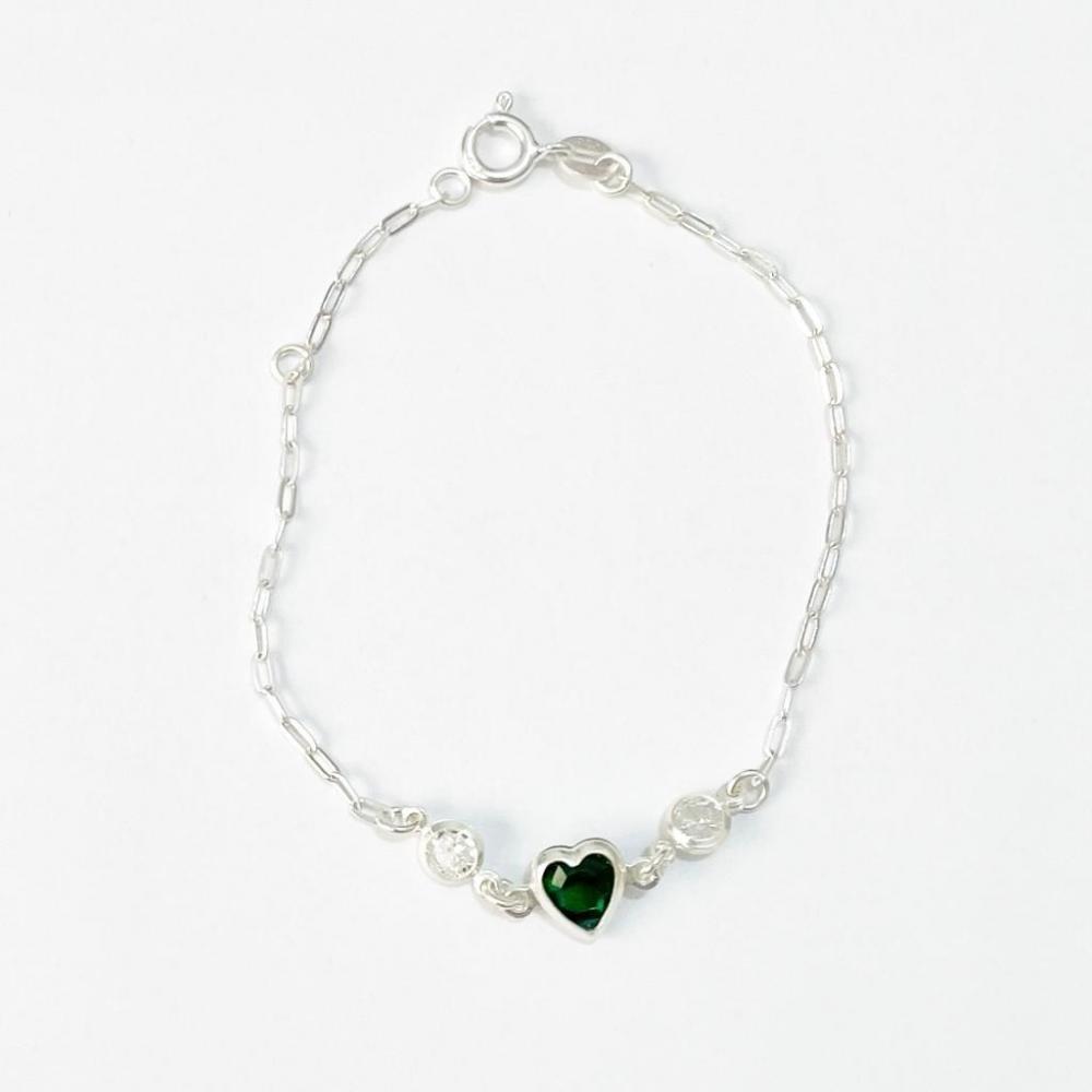 Pulseira com zircônia verde e pingente de coração de prata 925