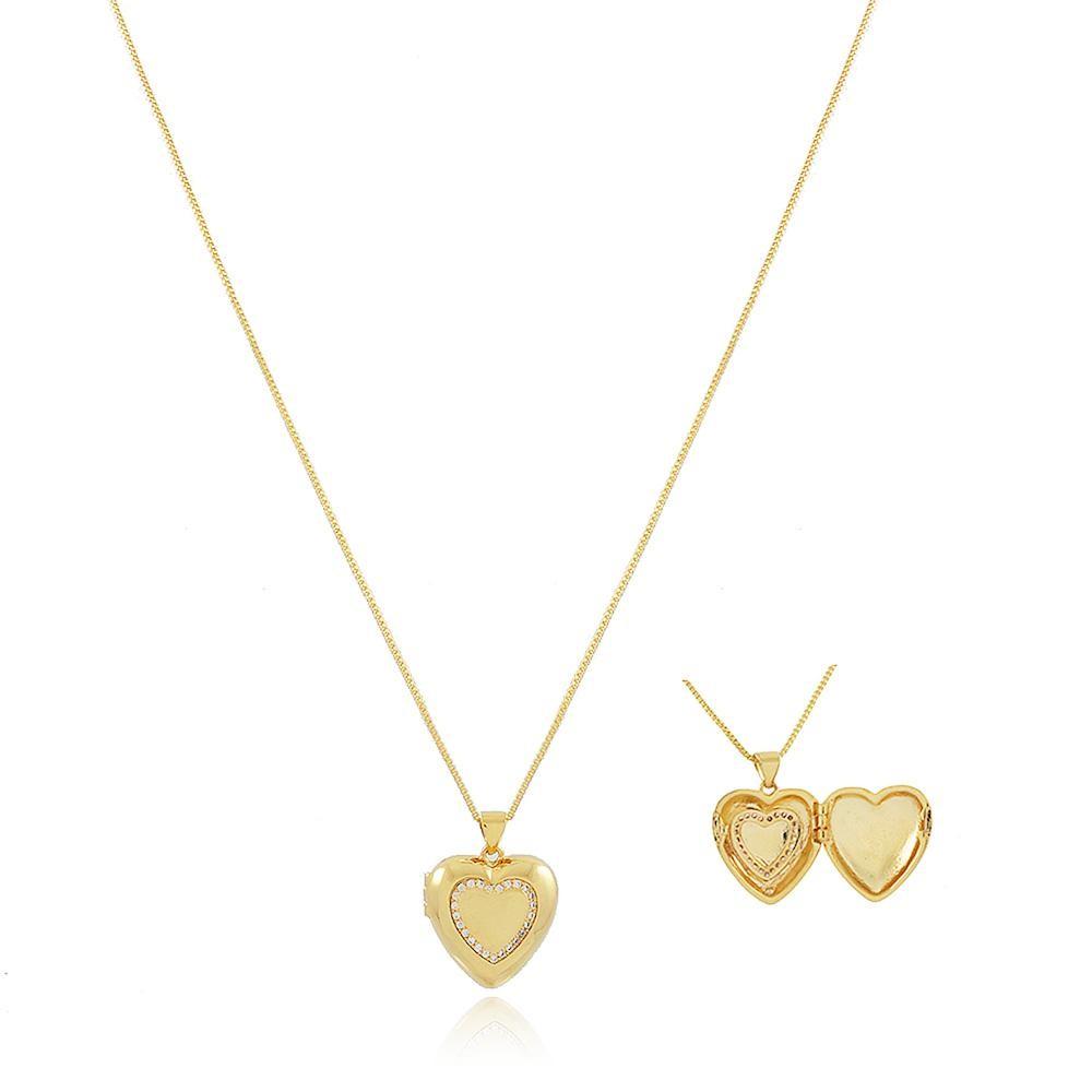 Colar relicário com formato de coração cravejado folheado a ouro  18k